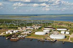 Oil / gas / liquid storage at the Port of Mobile