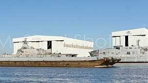 Barge and Tug Austal 336