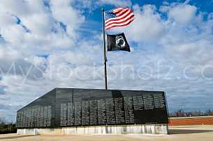 Vietnam War Memorial - Battleship Park