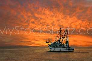 Shrimpboat Mobile Bay to the Gulf of Mexico