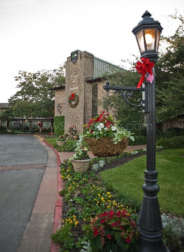 Marriott Grand Hotel at Christmas