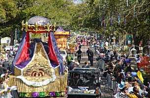 Floral Parade at Mardi Gras 2011