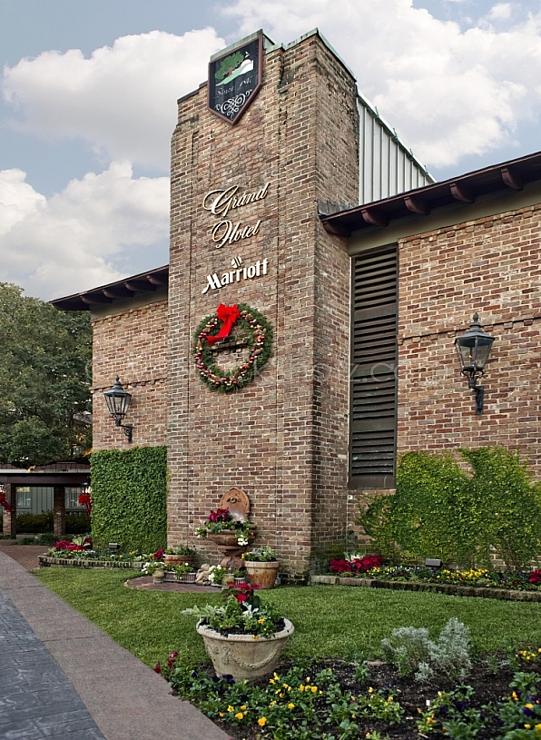 Marriott Grand Hotel - Christmas Wreath